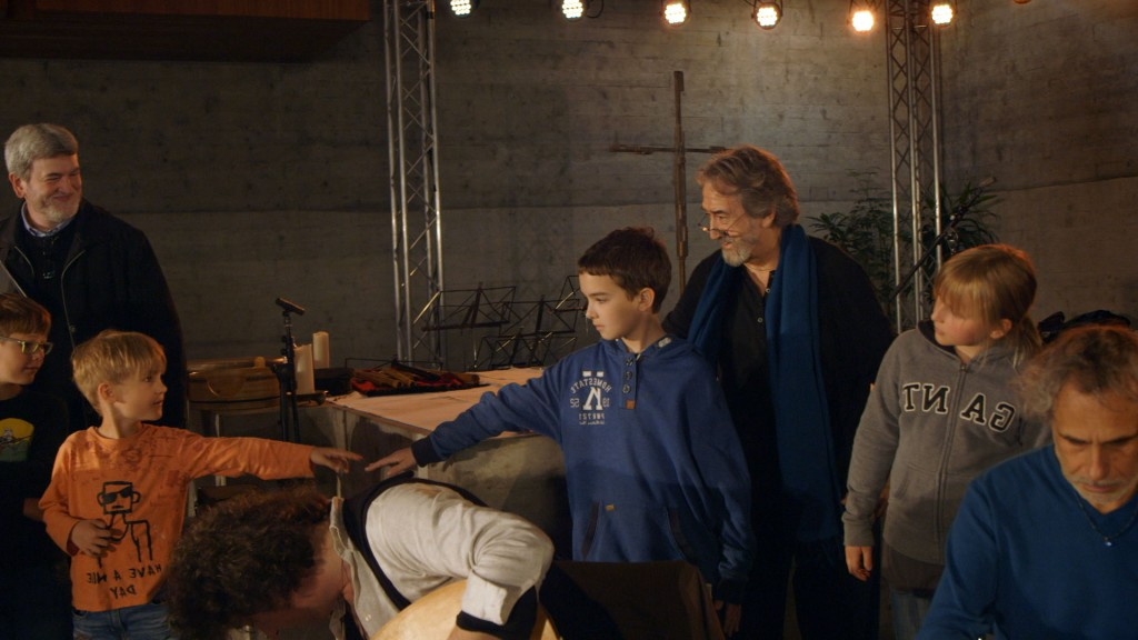 Jordi Savall mit Kinderchor im Konzert Mare Nostrum
